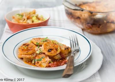 Zapékané brambory  s celerem a rajčaty