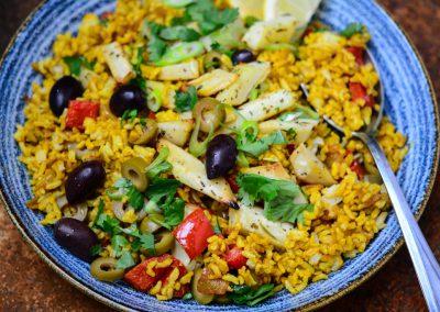 Orientální rýže s pečenou petrželí a olivami