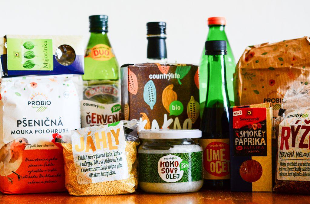 Nákupy v nouzovém režimu za Prahou a domácí kváskový chléb