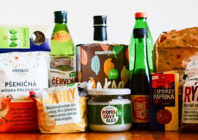 Nákupy v nouzovém stavu za Prahou a domácí kváskový chléb