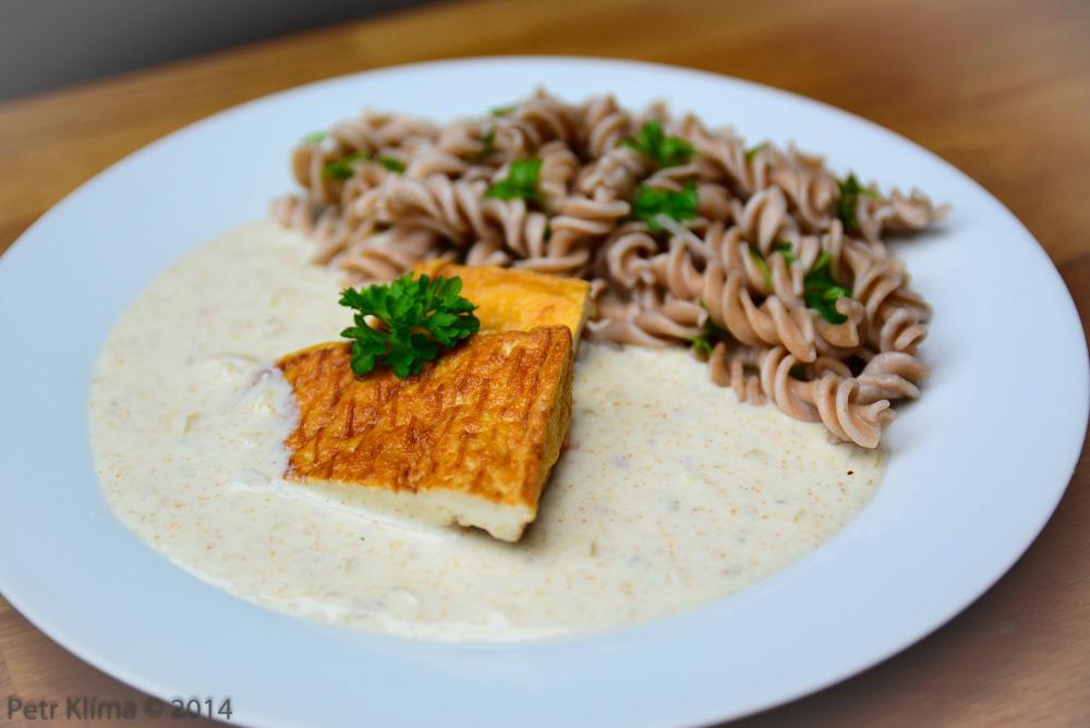 Smetanová křenovka s tofu a těstovinou